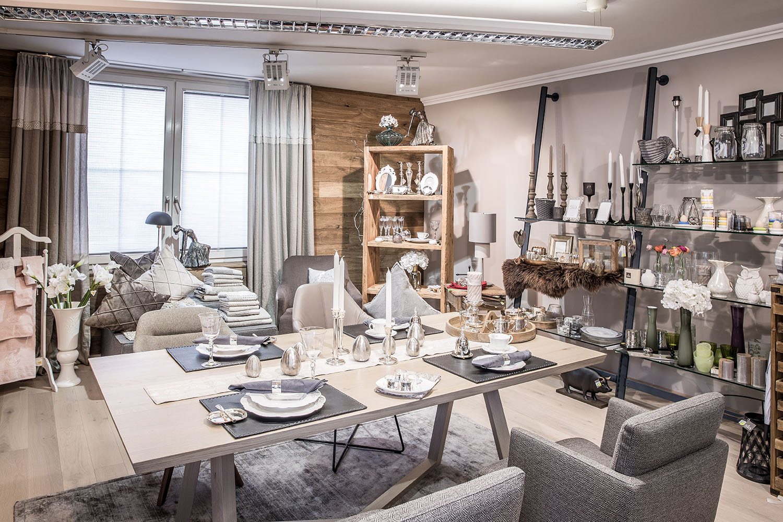 Personliche Note Fur Ihren Wohnraum Wohndesign Malerei Mayr
